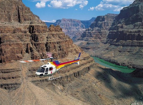 Helicopter-Tour-of-Grand-Canyon