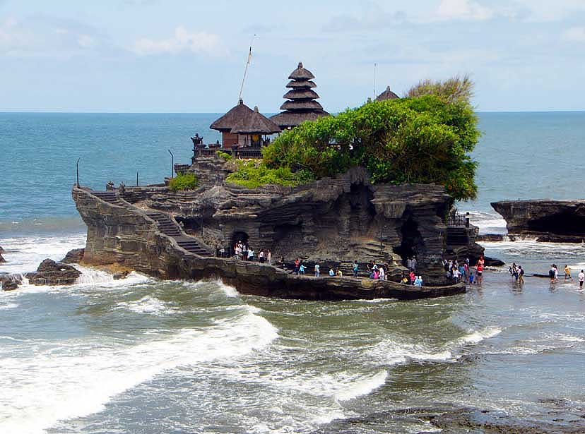 Tanah-Lot-Temple-in-Bali