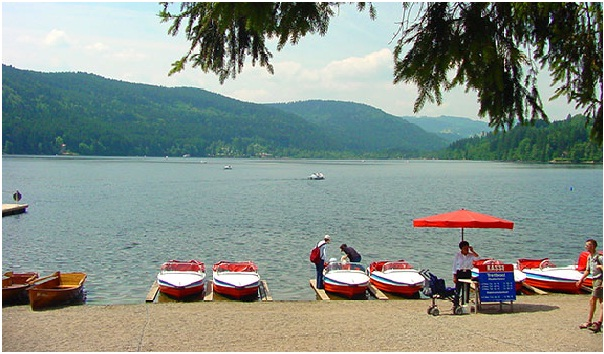 Titisee-Lake-in-Germany