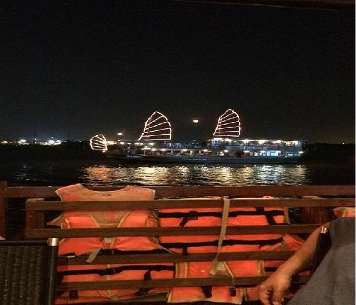 Cruise-by-Night-in-Saigon