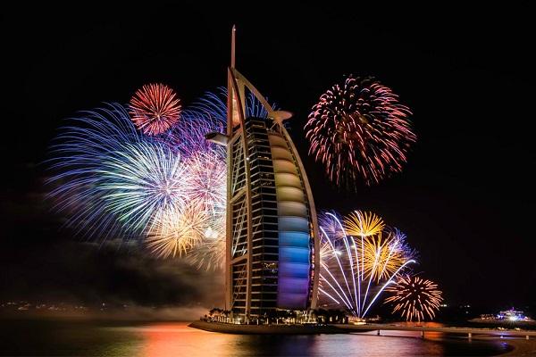 Dubai-Fire-Works