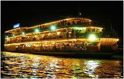 Cruise-Dinner-on-Saigon-River
