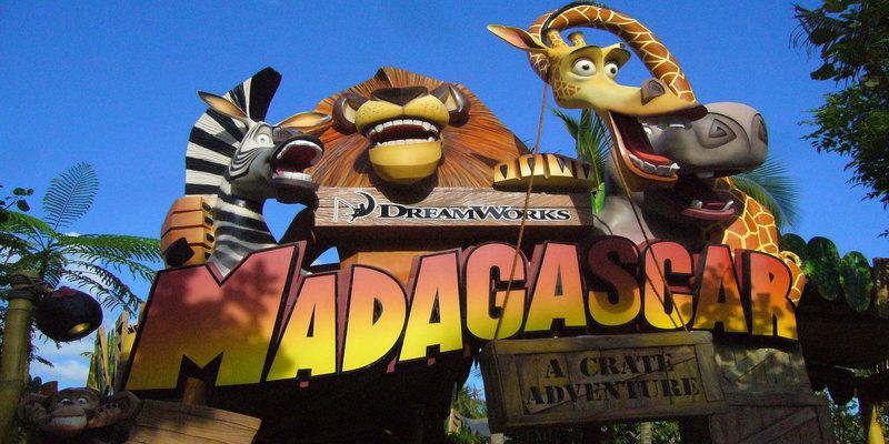 rsz_1madagascar_a_crate_adventure_sign