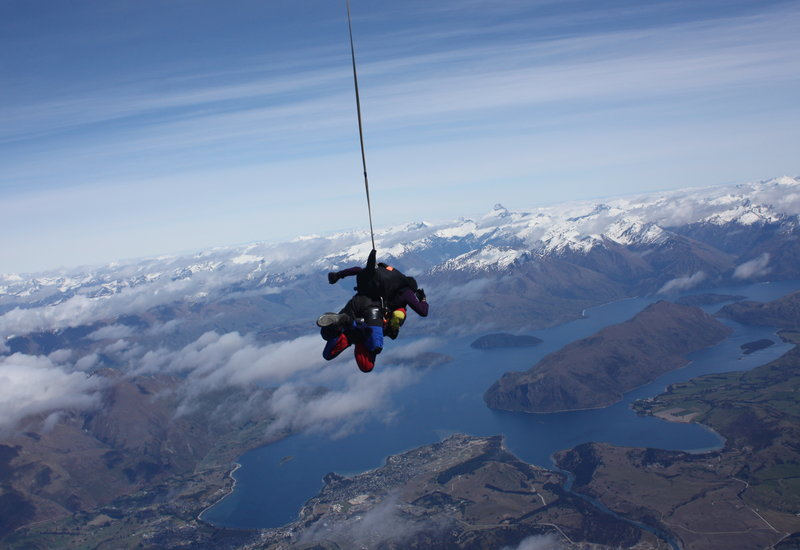 rsz_skydive_over_lake_wanaka