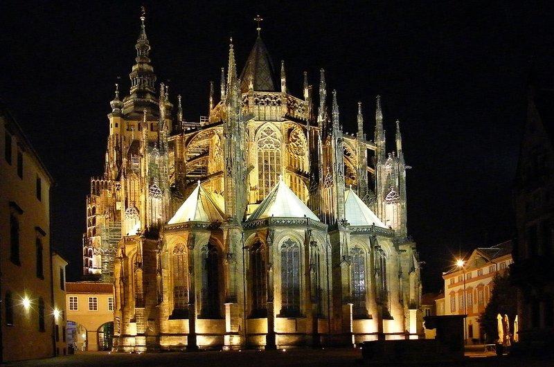 rsz_prague-castle-st-vit-cathedral
